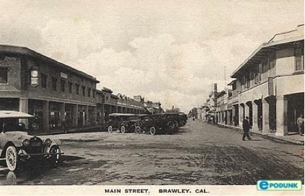 Photo of Main Street in Brawley