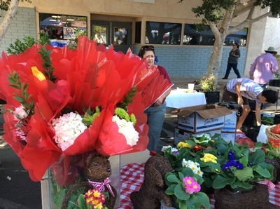 Photo of our monthly Farmers' Market Photo courtesy of the Brawley Chamber of Commerce